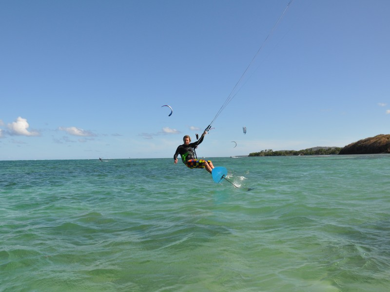 kitefoil-kitesurf-stage-cours-particuliers-sarzeau